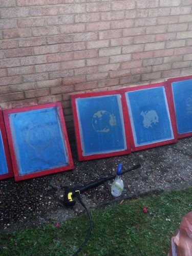 Screens ready to be decoated